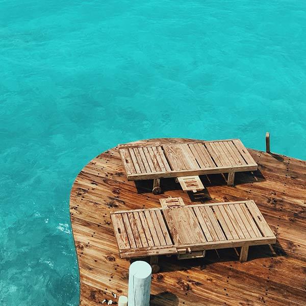 Finitura isolante trasparente all'acqua per esterni Oece 41b-0010/50: protezione per il legno del giardino e della spiaggia
