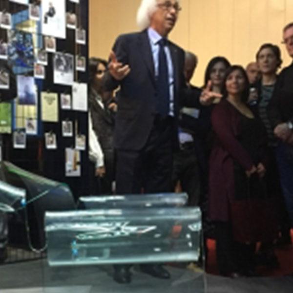 Al salone del mobile Fiam italia celebra con Oece il 30° anniversario della poltrona Ghost